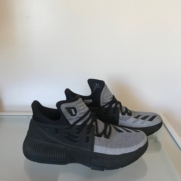 Adidas Mens Dame 3 Basketball Shoes  6052591b0